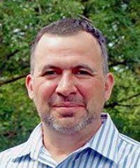 Dr. Arnoldo Curiel
